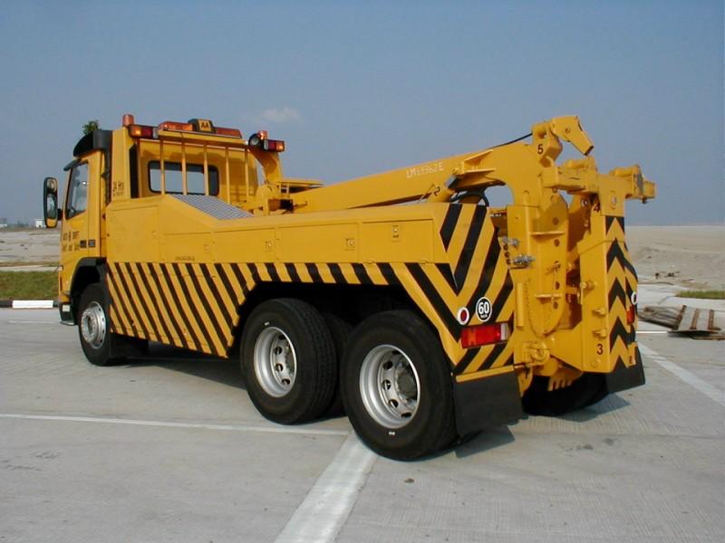 Zenith Engineering Tow Truck